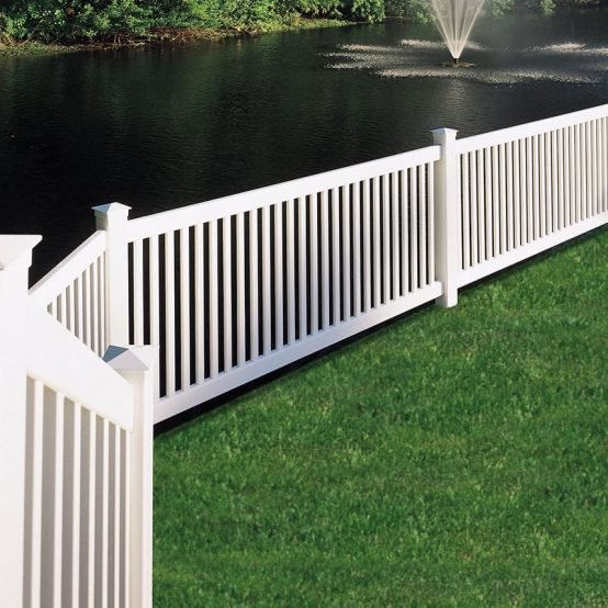 Chestnut-Hill-Capped-Vinyl-Fence-3-1200